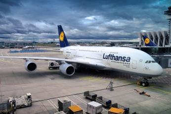 Lufthansa úspěšně přistála s doménovým sporem