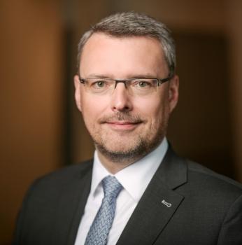 JUDr. Ing. Miloš Olík, LLM, MCIArb